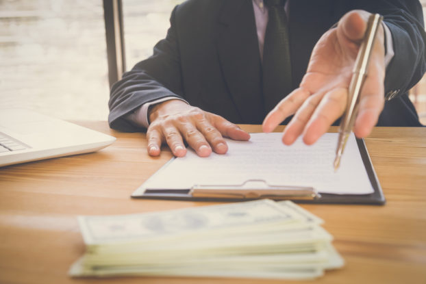 convencer investidores e bancos